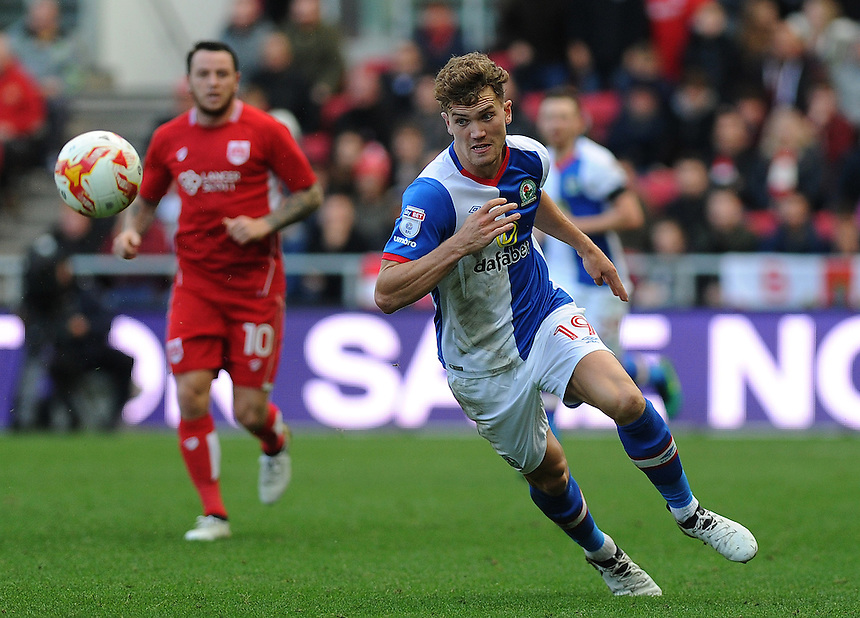 Blackburn Rovers' Sam Gallagher in action during todays match  <br /> <br /> Photographer Ashley Crowden/CameraSport<br /> <br /> The EFL Sky Bet Championship - Bristol City v Blackburn Rovers - Saturday 22nd October 2016 - Ashton Gate - Bristol<br /> <br /> World Copyright &copy; 2016 CameraSport. All rights reserved. 43 Linden Ave. Countesthorpe. Leicester. England. LE8 5PG - Tel: +44 (0) 116 277 4147 - admin@camerasport.com - www.camerasport.com