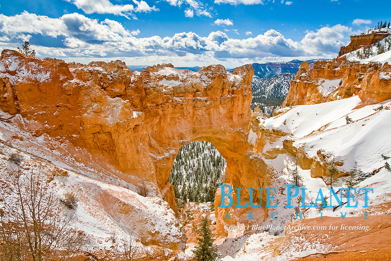 winter snow over natural arch, Bryce Canyon National Park, Utah, USA