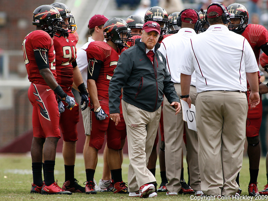 TALLAHASSEE, FL 11/21/09-FSU-MARY FB09 CH39-Florida State Head Coach Bobby Bowden walks away from a huddle during the Maryland game Saturday at Doak Campbell Stadium in Tallahassee. .COLIN HACKLEY PHOTO