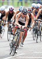 15 AUG 2009 - LONDON, GBR - Jodie Stimpson - ITU World Championship Series Womens Triathlon.(PHOTO (C) NIGEL FARROW)