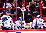 Stockholm 2014-09-17 Ishockey SHL Djurg&aring;rdens IF - Leksands IF :  <br /> Leksands tr&auml;nare huvudtr&auml;nare Andreas Appelgren diskuterar med assisterande tr&auml;nare Mats B&auml;cklin under matchen<br /> (Foto: Kenta J&ouml;nsson) Nyckelord:  Djurg&aring;rden DIF Hockey Globen Ericsson Globe Arena SHL Leksand LIF diskutera argumentera diskussion argumentation argument discuss