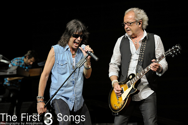 Kelly Hansen and Mick Jones of Foreigner perform at Riverbend Music Center in Cincinnati, Ohio on August 3, 2011.