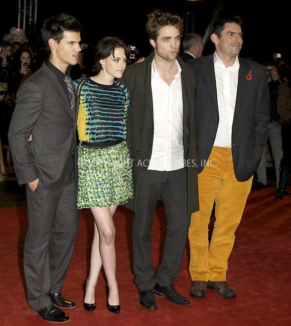 WWW.ACEPIXS.COM . . . . .  ..... . . . . US SALES ONLY . . . . .....November 11 2009, London....Taylor Lautner, Kristen Stewart, Robert Pattinson and Director Chris Weitz at The Twilight Saga: New Moon - UK Fan Event at Battersea Evolution on November 11, 2009 in London, England......Please byline: FAMOUS-ACE PICTURES... . . . .  ....Ace Pictures, Inc:  ..tel: (212) 243 8787 or (646) 769 0430..e-mail: info@acepixs.com..web: http://www.acepixs.com