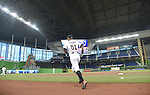 Ichiro Suzuki (Marlins),<br /> APRIL 8, 2015 - MLB :<br /> Ichiro Suzuki of the Miami Marlins before the Major League Baseball game against the Atlanta Braves at Marlins Park in Miami, Florida, United States. (Photo by AFLO)