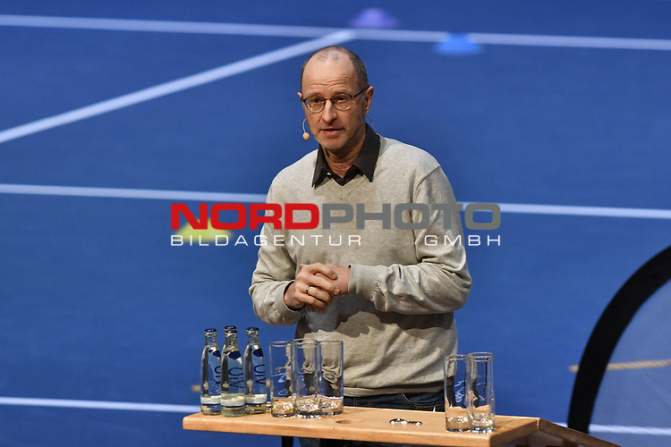 04.01.2018, Estrel Congress Center, Berlin, GER,  Internationaler DTB Tenniskongress 2019 <br /> <br /> im Bild Matthias Stach referiert<br /> <br /> Foto © nordphoto/Mauelshagen