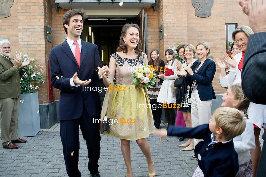 Hélène D'Udekem D'Acoz, la soeur de la Princesse Mathilde de Belgique, se marie  avec le Baron Nicolas Janssen, à la maison communale de La Hulpe. .31/05/2011