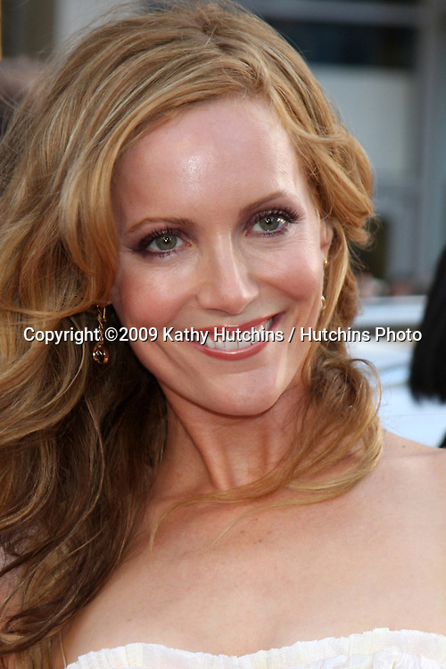 Leslie Mann arriving at the 17 Again Premiere at Grauman's Chinese Theater in Los Angeles, CA on April 14, 2009.©2009 Kathy Hutchins / Hutchins Photo....                .