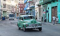 Habana traffic, Centro Habana