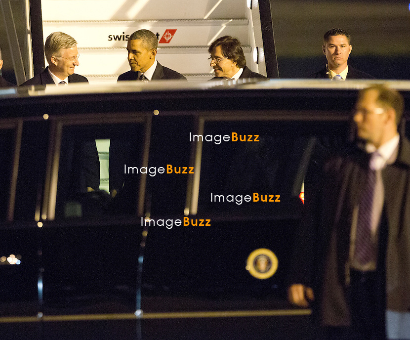 President Barack Obama's first visit to Belgium, arriving at Abelag airport in Brussels, aboard presidential plane Air Force One.<br /> The Us President was greeted by King Philippe of Belgium and Prime Minister Elio Di Rupo.<br /> Belgium, Brussels, March 25, 2014.<br /> Le Pr&eacute;sident am&eacute;ricain Barack Obama en visite officielle en Belgique, arrive &agrave; l'a&eacute;roport priv&eacute; de Abelag &agrave; Bruxelles, &agrave; bord de l'avion pr&eacute;sidentiel Air Force One.<br /> Le pr&eacute;sident am&eacute;ricain &eacute;tait accueilli par le roi Philippe de Belgique et le Premier ministre Elio Di Rupo.<br /> Belgique, Bruxelles, 25 mars 2014.
