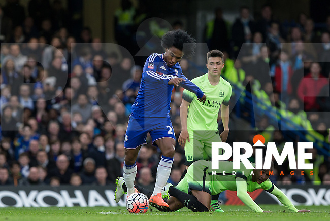 Willian of Chelsea in action during the FA Cup 5th round match between Chelsea and Manchester City at Stamford Bridge, London, England on 21 February 2016. Photo by Andy Rowland.