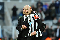 Newcastle United manager Rafa Benítez and Jonjo Shelvey of Newcastle United embrace after the final whistle during Newcastle United vs Manchester United, Premier League Football at St. James' Park on 11th February 2018