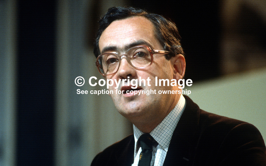 John Roper, prominent member, SDP, Social Democratic Party, UK, 19840109JR1..Copyright Image from Victor Patterson, 54 Dorchester Park, Belfast, UK, BT9 6RJ..Tel: +44 28 9066 1296.Mob: +44 7802 353836.Voicemail +44 20 8816 7153.Skype: victorpattersonbelfast.Email: victorpatterson@me.com.Email: victorpatterson@ireland.com (back-up)..IMPORTANT: If you wish to use this image or any other of my images please go to www.victorpatterson.com and click on the Terms & Conditions. Then contact me by email or phone with the reference number(s) of the image(s) concerned.