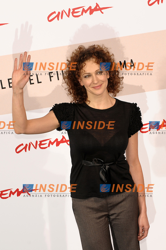Ksenia Rappoport poses for photographers during the photocall for the film &quot;L'uomo che ama&quot; at the third edition of Festa Internazionale del Cinema di Roma, Auditorium Parco della Musica, October 23, 2008. <br /> Photo Andrea Staccioli Insidefoto