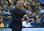 14.04.2018, EWE Arena, Oldenburg, GER, BBL, EWE Baskets Oldenburg vs s.Oliver W&uuml;rzburg, im Bild<br /> Emotionen pur...<br /> Dirk Bauermann (s.Oliver W&uuml;rzburg #Headcoach, #Head Coach, #Trainer)<br /> Foto &copy; nordphoto / Rojahn