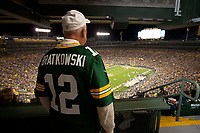 Former Packer quarterback Zeek Bratkowski watches the Seattle Seahawks play the Green Bay Packers at Lambeau Field on Sept. 20, 2015.