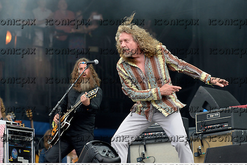 ROBERT PLANT - Performing live on the Pyramid Stage on Day 2 of the 2014 Glastonbury Festival at Pilton Farm Somerset UK - 28 Jun 2014.  Photo credit: George Chin/IconicPix