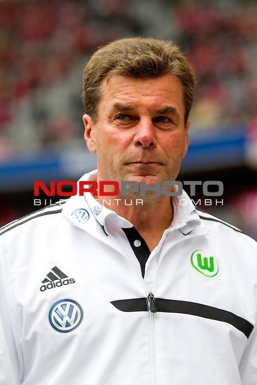 28.09.2013, Allianz Arena, Muenchen, GER, 1.FBL,  FC Bayern Muenchen vs . VfL Wolfsburg, im Bild  Dieter Hecking (Trainer Wolfsburg) / Foto © nph / Straubmeier