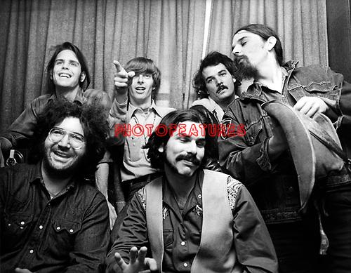 """Grateful Dead 1970 ( Jerry Garcia, Bob Weir, Phil Lesh,  Bill Kreutzmann, Ron """"Pigpen"""" McKernan, Mickey Hart )"""