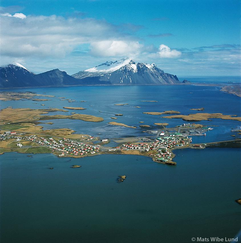 Höfn í Hornafirði loftmynd. Horft íaustur. / Hofn in  Hornafjordur, aerial viewing east.
