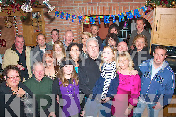 Billy Hennessy(centre)had a great house party in Mitchell's Av,Tralee last Saturday night for his 40th birthday surruonded by friend's and family.