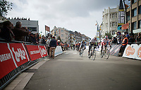 André Greipel (DEU/Lotto-Soudal) & Alexander Kristoff (NOR/Katusha) came within millimeters crossing the finish line; it takes the jury a few minutes to determine the stage winner (Kristoff)<br /> <br /> 3 Days of De Panne 2015<br /> stage 3a: De Panne-De Panne