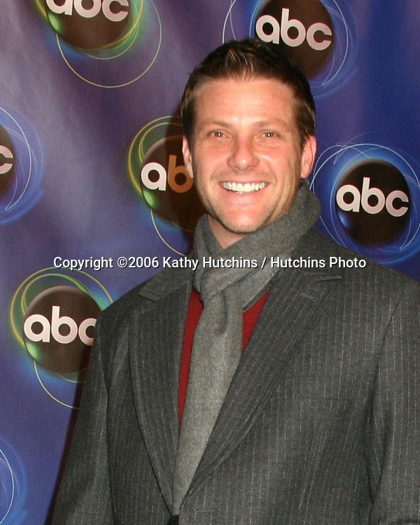 Doug Savant.ABC TV TCA Party.The Wind Tunnel.Pasadena, CA.January 21, 2006.©2006 Kathy Hutchins / Hutchins Photo....