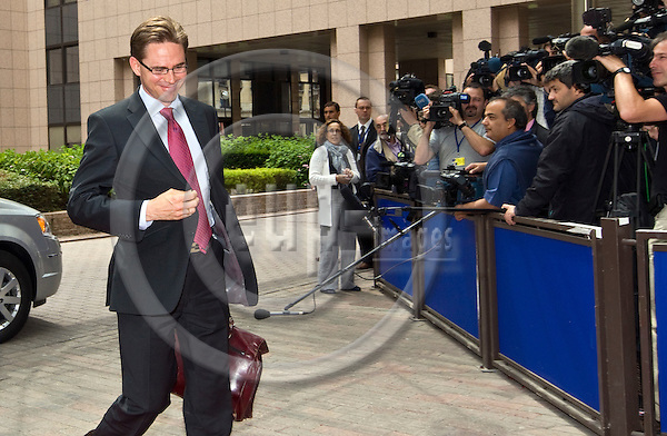 BRUSSELS  -  BELGIUM  - 14 JUNE 2011 -- Eurogroup EU-Council meeting with Finance Ministers. -- Jyrki KATAINEN, Minister for Finance of Finland arriving to the meeting.  --  PHOTO: Juha ROININEN / EUP-Images