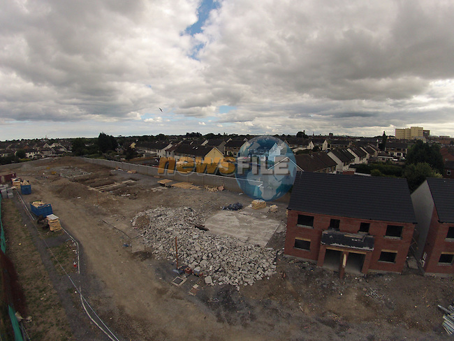 Moneymore houses being demolished.<br /> Picture:  Andy Spearman www.newsfile.ie