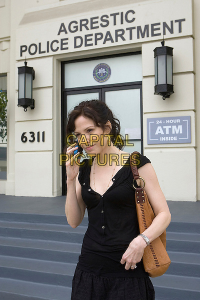 MARY-LOUISE PARKER.in Weeds (Season 3) .**Filmstill - Editorial Use Only**.CAP/FB.Supplied by Capital Pictures