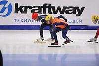 "SHORT TRACK: MOSCOW: Speed Skating Centre ""Krylatskoe"", 15-03-2015, ISU World Short Track Speed Skating Championships 2015, Superfinal 3000m, Se Yeong PARK (#142 | KOR), Sjinkie KNEGT (#148 | NED), ©photo Martin de Jong"
