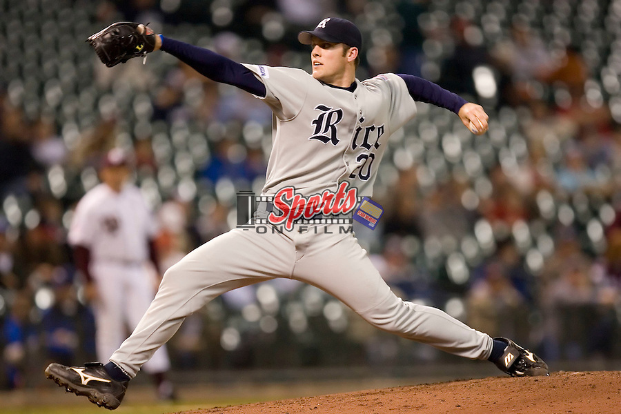 Rice starting pitcher Joe Savery (20) in action versus Texas A&M at the 2007 Houston College Classic at Minute Maid Park in Houston, TX, Sunday, February 11, 2007.  The Aggies  defeated the Owls 4-2.