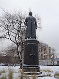 """Felix Dserschinski - Skulptur, Der Skulpturenpark """"Museon"""" im Zentrum von Moskau. Im Herbst 1991 wurde die Sowjetunion Geschichte, alte Helden gestürzt und hier, in der Nähe des damaligen Gorki Park, ins Gras geworfen."""