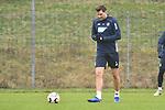 Hoffenheims Adam Szalai (Nr.28) am Ball beim Training in der Bundesliga der TSG 1899 Hoffenheim.<br /> <br /> Foto &copy; PIX-Sportfotos *** Foto ist honorarpflichtig! *** Auf Anfrage in hoeherer Qualitaet/Aufloesung. Belegexemplar erbeten. Veroeffentlichung ausschliesslich fuer journalistisch-publizistische Zwecke. For editorial use only.