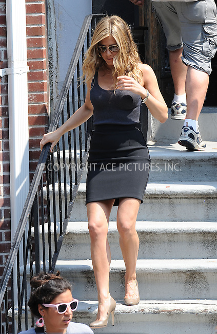 WWW.ACEPIXS.COM . . . . .  ....August 3 2009, New York City....Actress Jennifer Aniston on the set of the new movie 'Bounty' in Harlem on August 3 2009 in New York City....Please byline: KRISTIN CALLAHAN - ACEPIXS.COM.. *** ***..Ace Pictures, Inc:  ..tel: (212) 243 8787..e-mail: info@acepixs.com..web: http://www.acepixs.com
