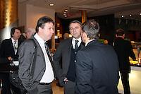 Heribert Bruchhagen (Eintracht Frankfurt) mit Klaus (Werder Bremen) und Thomas Allofs