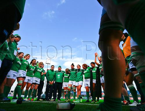 20.03.2016. Donnybrook, Dublin, Ireland. RBS Womens Six Nations Championships. Ireland versus Scotland.<br /> Irish team huddle after the match.