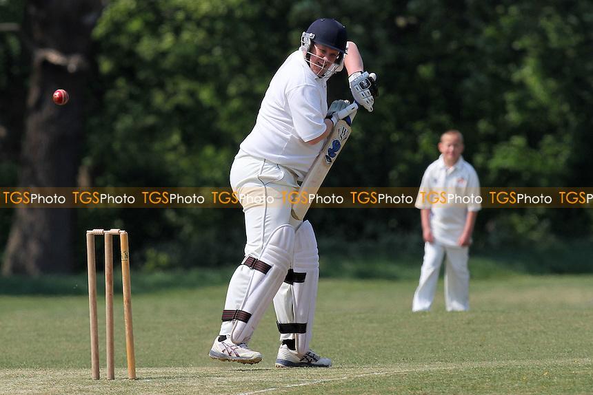 Hornchurch Athletic CC 4th XI (fielding) vs Hornchurch Athletic 3rd XI - Essex Club Cricket at Raphael Park - 30/04/11 - MANDATORY CREDIT: Gavin Ellis/TGSPHOTO - Self billing applies where appropriate - Tel: 0845 094 6026