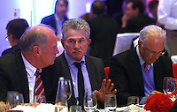 FUSSBALL      DFB POKAL FINALE       SAISON 2011/2012 Borussia Dortmund - FC Bayern Muenchen   12.05.2012 FC Bayern beim Telekom-Bankett: Praesident Uli Hoeness (li) mit Trainer Jupp Heynckes (Mitte) und Ehrenpraesident  Franz Beckenbauer (re) nachdenklich