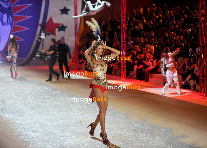 NEW YORK, NY - NOVEMBER 07: Victoria's Secret Angel - ALESSANDRA AMBROSIO walks the runway during the 2012 Victoria's Secret Fashion Show at the Lexington Avenue Armory in New York City.