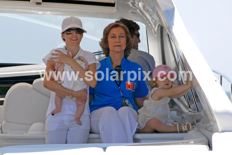 **ALL ROUND PICTURES FROM SOLARPIX.COM**.SYNDICATION RIGHTS FOR UK, CANADA, USA, SOUTH AFRICA, SOUTH AMERICA, DUBAI, AUSTRALIA, NEW ZEALAND, GREECE, ASIA.The Spanish  Queen Sofía and Princess Letizia with Infant Leonor and Sofía on a motor launch in Palma de Mallorca in the balearic Islands while Prince Felipe and King Juan Carlos, participated in King's Cup yaght race Held on the: 31-07_07..This pic:PRINCESS LETIZIA,BABY LEONOR.JOB REF: 4416_ SPA     DATE:31_07_07.**MUST CREDIT SOLARPIX.COM OR DOUBLE FEE WILL BE CHARGED* *UNDER NO CIRCUMSTANCES IS THIS IMAGE TO BE REPRODUCED FOR ANY ONLINE EDITION WITHOUT PRIOR PERMISSION*
