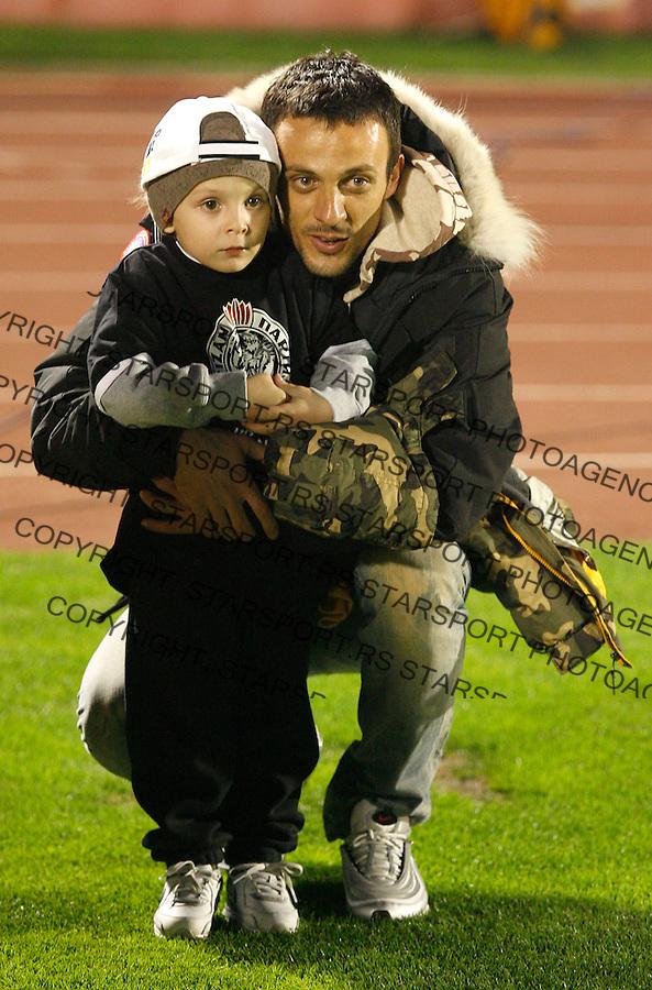 Fudbal, UEFA Cup, group stage 2008/09.Partizan Vs. Samdoria (Italy).Nenad Djordjevic sa sinom.Beograd, 23.10.2008..foto: Srdjan Stevanovic ©