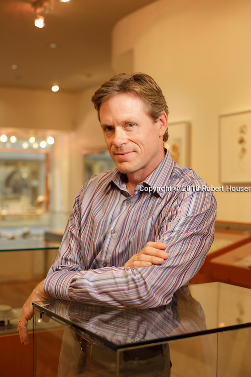 Peter Walsh images - Manika Jewelry : Executive portrait photographs by San Francisco Bay Area - corporate and annual report - photographer Robert Houser. 2010 pictures.