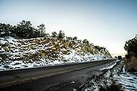 Highway or highway on a day with clear sky and blue sky. Winter in Cananea, Sonora, Mexico. Snow on the La Mariquita and Sierra Elenita mountains. 2020. (Photo by: GerardoLopez / NortePhoto.com)<br /> <br /> Carretera o autopista en un dia con cielo despejado y cielo azul. Invierno en Cananea, Sonora, Mexico.  Nieve en la siera la Mariquita y sierra Elenita . 2020. (Photo by: GerardoLopez/NortePhoto.com )