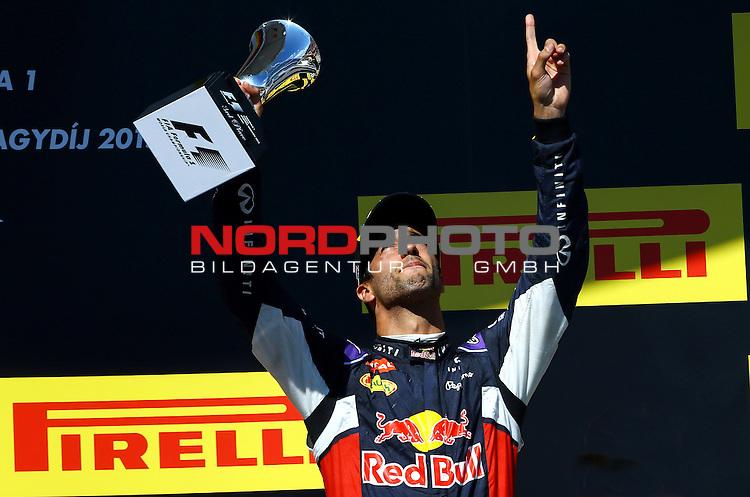 25.-27.07.2015, Hungaroring, Budapest, HUN, F1, Grosser Preis von Ungarn, Hungaroring, im Bild  Daniel Ricciardo (AUS) Red Bull Racing<br />  Foto &copy; nph / Mathis