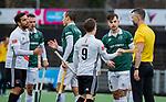 AMSTELVEEN - shake hands met de scheidsrechter na  de hoofdklasse competitiewedstrijd heren, AMSTERDAM-ROTTERDAM (2-2). . COPYRIGHT KOEN SUYK