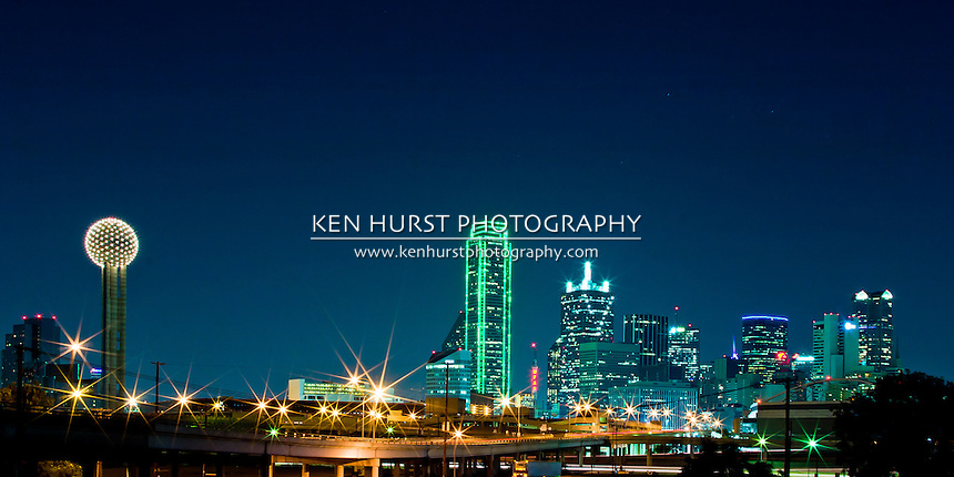 Panoramic view of Dallas at night.