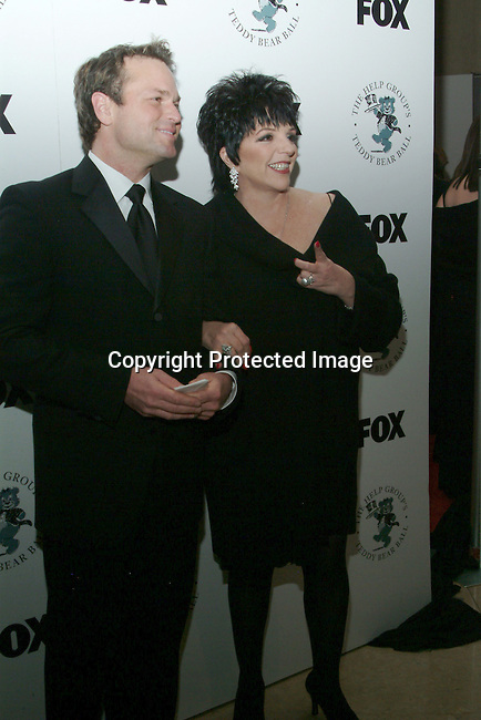 Sam Harris &amp; Liza Minnelli<br />The H.E.L.P. Group&rsquo;s Teddy Bear Ball, honoring Sandy Grushow and his wife Barbara<br />Beverly Hilton Hotel<br />Beverly Hills, CA, USA  <br />Saturday, December 6, 2003  <br />Photo By Celebrityvibe.com/Photovibe.com