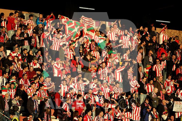 Athletic de Bilbao's fans during La Liga match. January 28, 2012. (ALTERPHOTOS/Alvaro Hernandez)