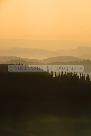 Sunrise over misty Tuscan hills, Tuscany, Italy Sunrise over the Tuscan hills, Tuscany, Italy