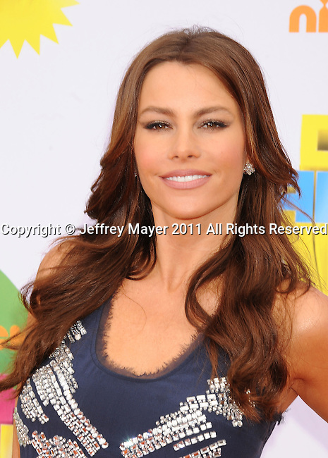 LOS ANGELES, CA - APRIL 02: Sofía Vergara arrives at Nickelodeon's 24th Annual Kids' Choice Awards at Galen Center on April 2, 2011 in Los Angeles, California.